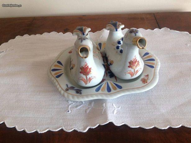 """Galheteiro em porcelana """"Patos"""" da Vista Alegre"""