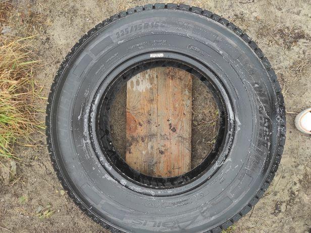 OPONY Michelin 225/75 R16C