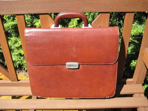 Skórzana aktówka, walizka na dokumenty