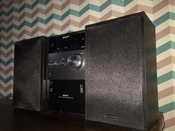 Wieża Sony CMT-FX200. CD MP3, USB, AUX, Radio, pilot.