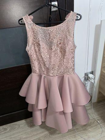 piekna sukienka balowa na kazda wykatkowa okazje