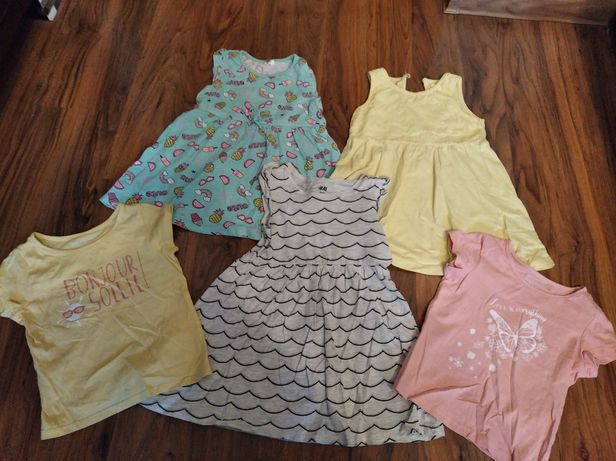 3x sukienka i 2x bluzka.