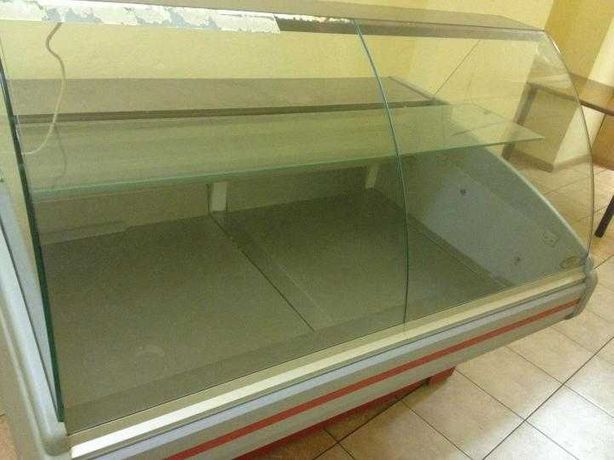 Витрина холодильная Двина 150 для магазина
