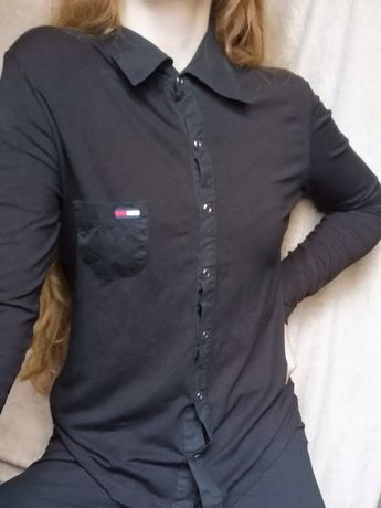 Czarna koszula z Tommy Hilfiger