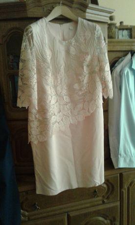Sukienka z koronkowym rękawem 3/4 roz 50