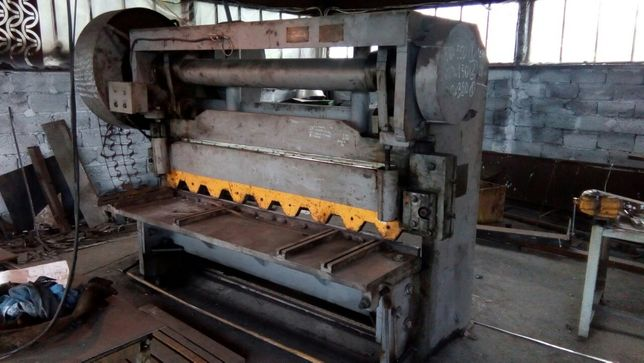 Рубка металла, изготовление шпилек, хомутов