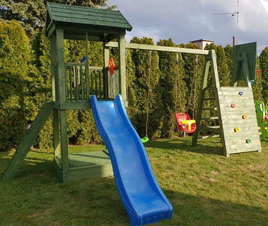 Plac zabaw z drewna średni
