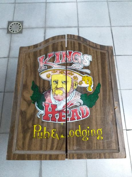 Armário Painel jogo dardos / setas - Vintage - Kings Head