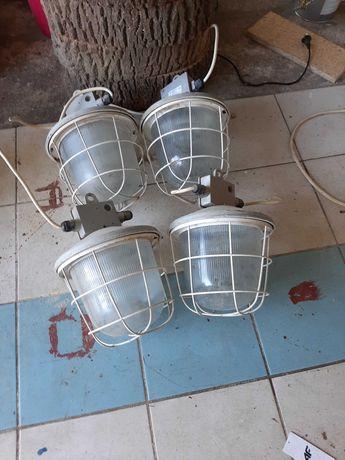 Lampy przemysłowe do ogrodu