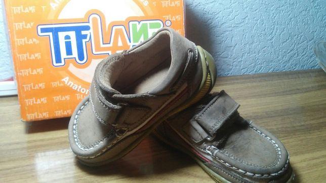 Туфли, мокасины, кросовки Tiflani, Clarks 22, 23 размеры