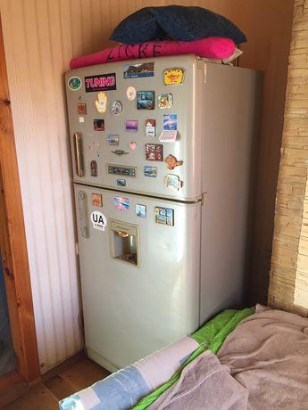 холодильник большой daewoo