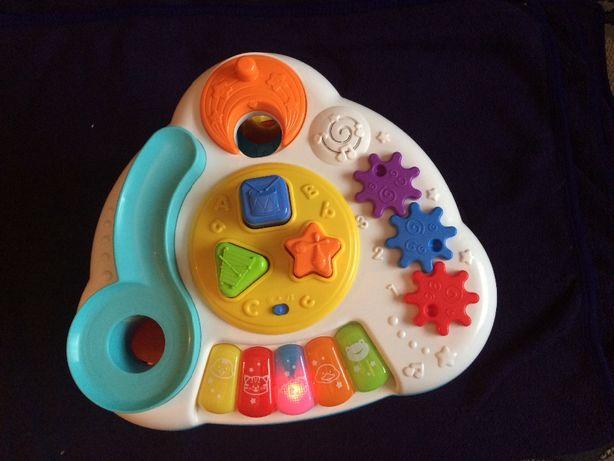 Smily Play stoliczek interaktywny z piłeczkami