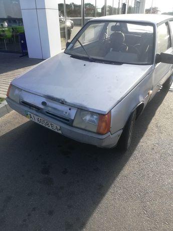 Таврия ЗАЗ 1102.