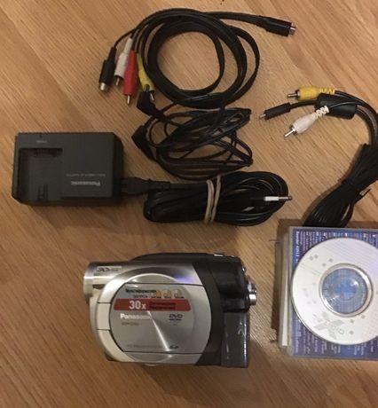 Продам оригинальную видеокамеру Panasonik VDR-D150