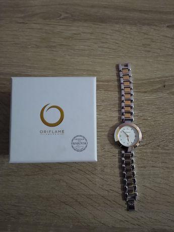 Zegarek damski z kryształkami Swarovski