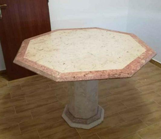 Mesa de sala de jantar em mármore octogonal