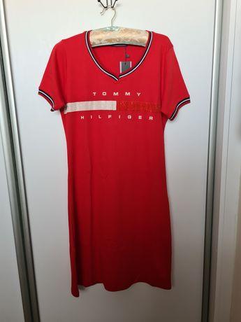 Sukienka czerwona dresowka L/Xl tommy