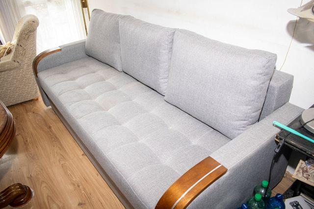 Roczna sofa 3-osobowa!