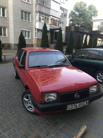 Opel Ascona С 1,6sv
