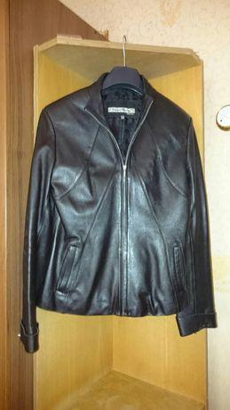 Продам куртку кожанную