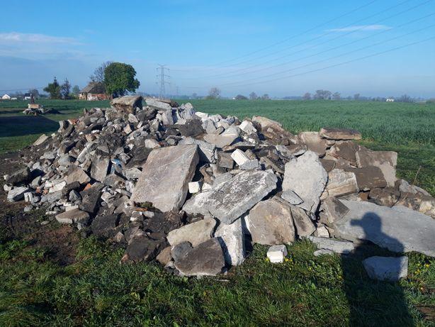 Gruz betonowy ok 100 ton.