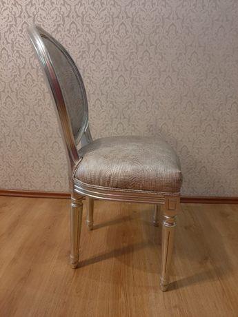 Krzesełko srebrne