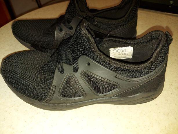 Продам летние кроссовки 21,5 см