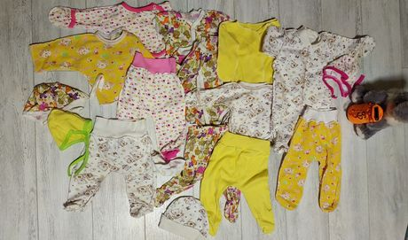Комплекты одежды 0-3 месяца, боди,ползкнки, комплекты троечки
