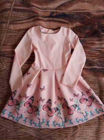 Платье новое 7-9