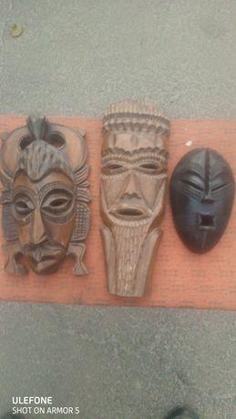 Продам маски деревянные