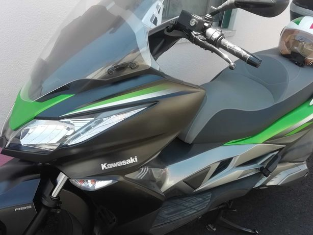 kawasaki  scooter J300