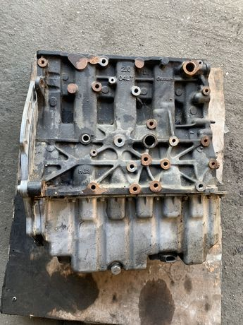 VW T5 T6 2,0 tdi 150 PS CXHA blok dół silnika wał tłoki silnik