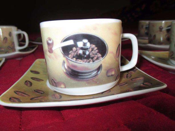 Conjunto de dez chávenas de café