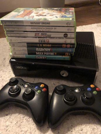 Xbox 360 slim 250 GB, 2 pady i gry