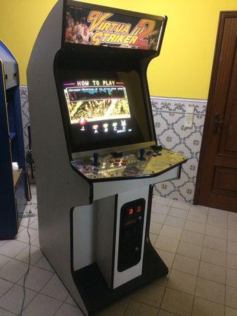 Máquina Arcade 900 jogos diversão videojogos