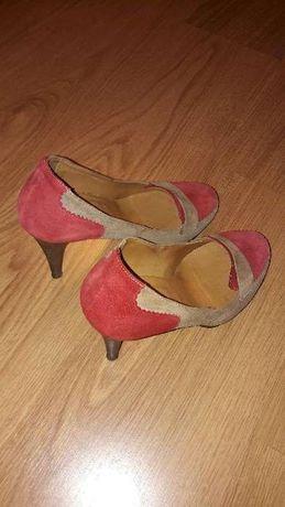 Sapato Senhora Globe Tamanho 40