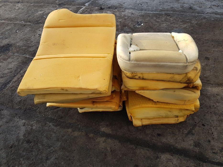 Pianka samochodowa gąbka gąbki Oddam ok. 20m3 Świba - image 1
