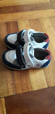 Полностью натуральные кроссовки ботинки 23 размер