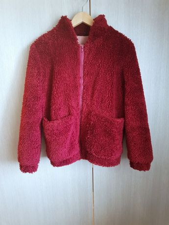 Bordowa kurtka z futerkowego materiału 36 S