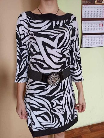 Sukienka czarno biała XS/34