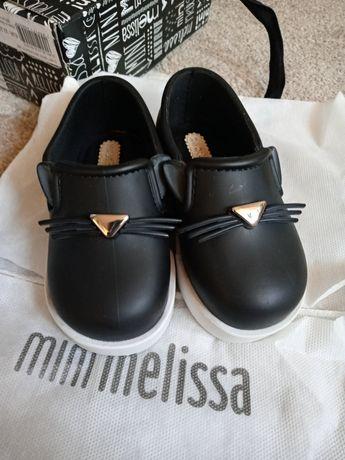 Nowe slippersy mini melissa 22/23