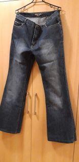spodnie dżinsy przecierane