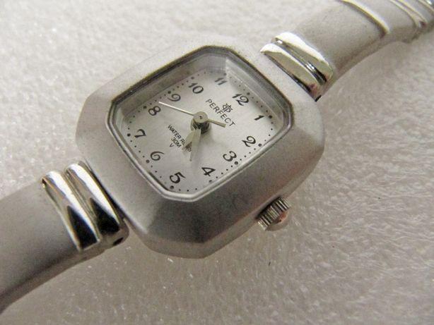 Часы Perfect коллекционные, 2002-2003 года, Польша, кварцевые, новые
