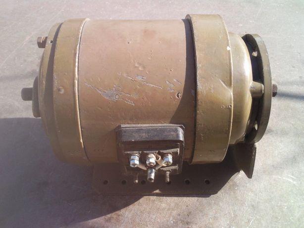 Электродвигатель 180вт. 1500 об/мин. 380 В.