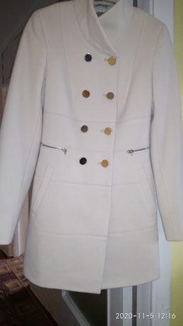 Продам пальто за 800грн