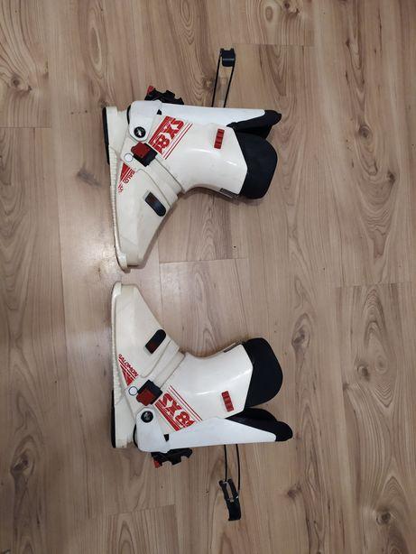 Buty narciarskie Salomon SX81 o rozmiarze 45 -46
