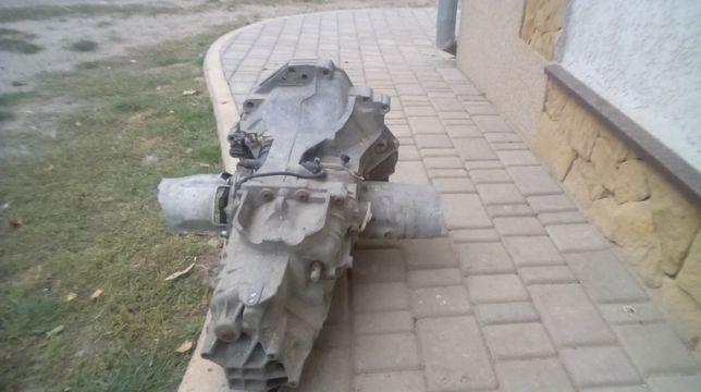 К. П.  Ауді. А-4 2,4 бензин