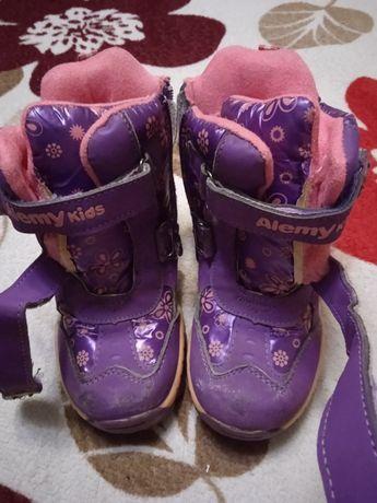 Теплые зимние ботинки на девочку