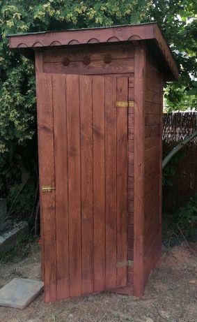 Toaleta drewniana, szalet drewniany, WC, kibel drewniany, latryna