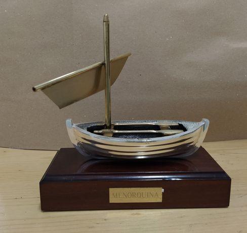 Barco decorativo em latão banhado a prata